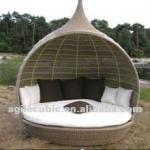 Outdoor Rattan Patio Luxury Daybed-10197