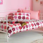 Elegant metal day bed in powder coating finish-TC015