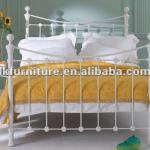 Antique Style metal bed available in different colors-TC051